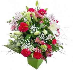 Laiminga diena - Gėlių pristatymas į namus Mažeikiuose