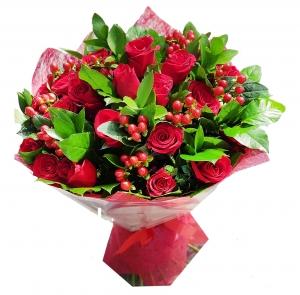 Meilės poezija - Gėlių pristatymas į namus Marijampolėje
