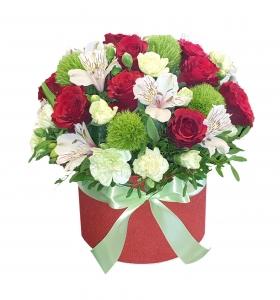 Gėlių dėžutė Madam - Gėlių pristatymas į namus Mažeikiuose
