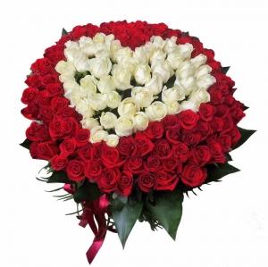 Rožių širdis - Gėlių pristatymas į namus Marijampolėje