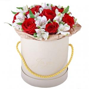 Meilės dėžutė - Gėlių pristatymas į namus Šiauliuose