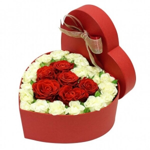 Meilės širdis - Gėlių pristatymas į namus Mažeikiuose