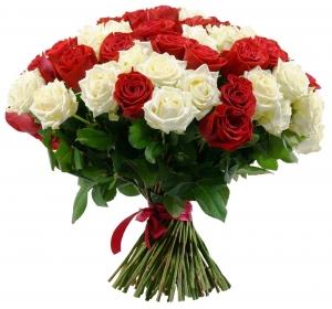 Raudonos ir baltos rožės - Gėlių pristatymas į namus Kėdainiuose