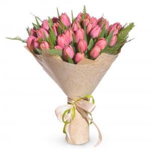 Rožinis pavasaris - Gėlių pristatymas į namus Vilniuje