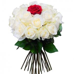 Širdutė rožių puokštė