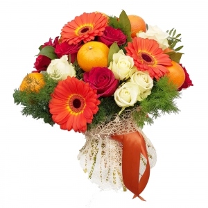 Valgoma/Nevalgoma puokštė Žavesys - Gėlių pristatymas į namus Telšiuose